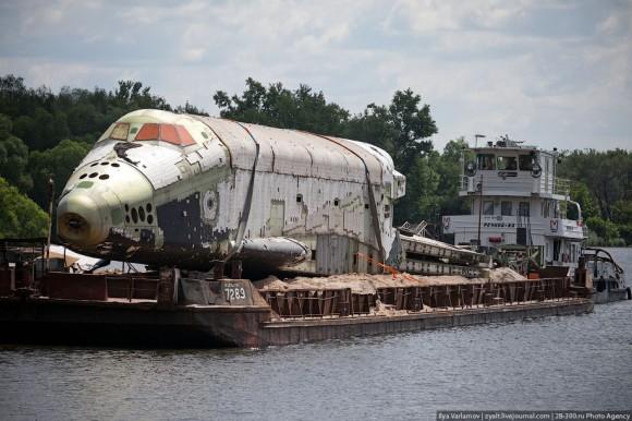 La lanzadera 3K por el río Moscova.