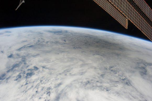 Eclipse anular del 21 de mayo de 2012 visto desde la ISS (NASA).
