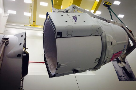 Nave Dragon CRS-6/SpX-6 (SpaceX).