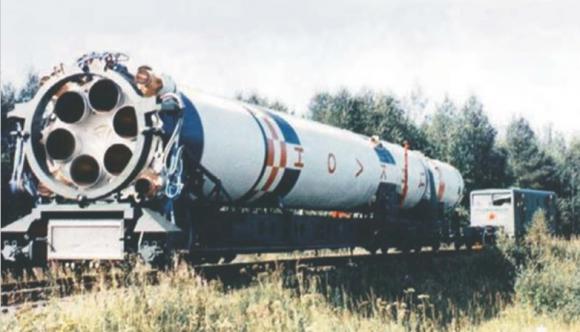 Detalle de la primera etapa de un Tsiklon 3 en Plesetsk (ALC).