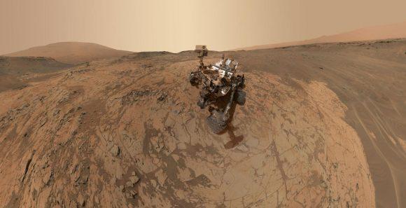 'Selfie' de Curiosity obtenido entre el 14 y el 31 de enero sobre la roca Mojave (NASA/JPL).