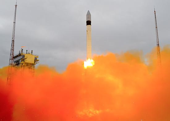Lanzamiento del Rokot con el Kosmos 2504.