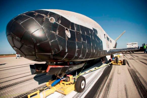 El OTV-3 tras el aterrizaje (USAF).