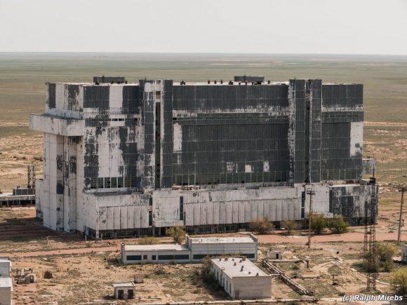 Edificio MZK de Baikonur (Ralph Mirebs).