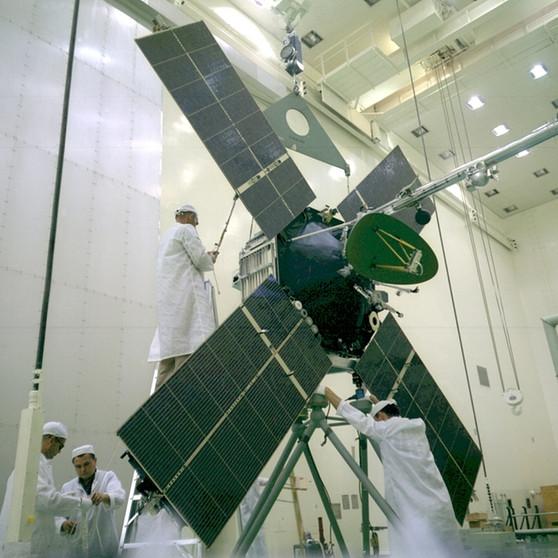 Otra vista de la sonda antes del lanzamiento (NASA/JPL).
