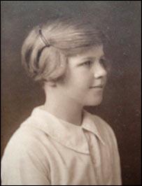 Venetia Burney, la niña que le puso el nombre a Plutón (Wikipedia).