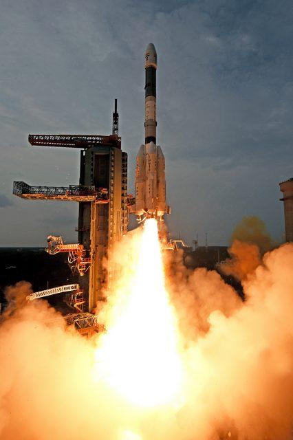 Lanzamiento del GSAT-6 (ISRO).