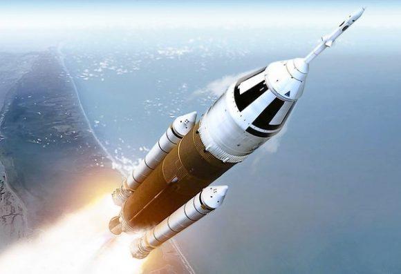 Propuesta de lanzador DIRECT. Las similitudes con el actual SLS son notables (Direct Launcher).