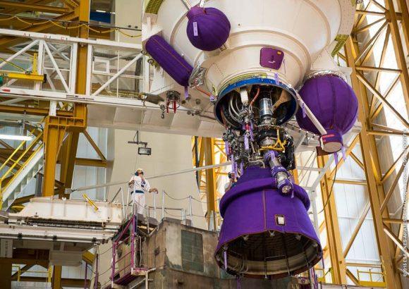 Detalle del motor Vulcain de la VA227 (Arianespace).