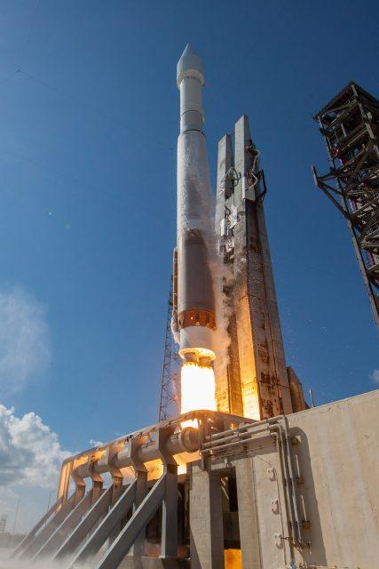 Lanzamiento del GPS IIF-11 (ULA).