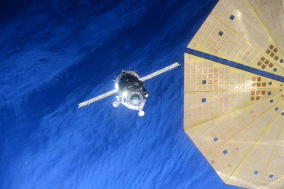La Soyuz TMA-19M durante el acoplamiento con la ISS (NASA).