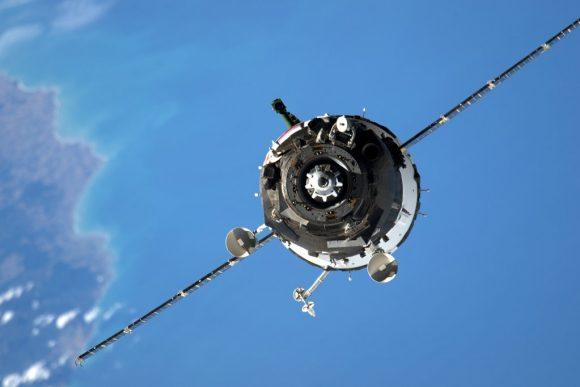 La Soyuz TMA-20M durante el acoplamiento con la ISS (NASA).
