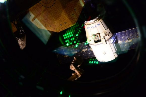 Separación de la Dragon CRS-8 (NASA).