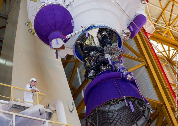 Detalle del motor Vulcain de la EPC de la VA232 (Arianespace).