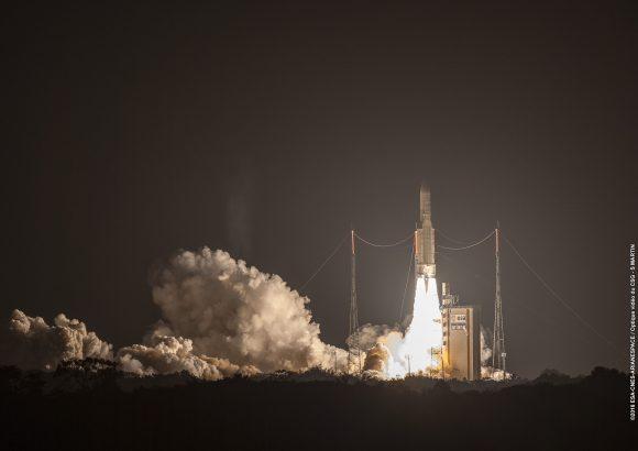Lanzamiento de la misión VA232 (Arianespace/CNES).