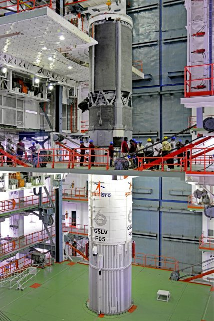 7indigenouscryogenicupperstagebeingintegratedwithgslv-f05secondstage