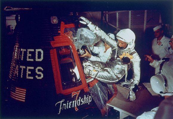 Glenn y su cápsula Friendship 7 (NASA).