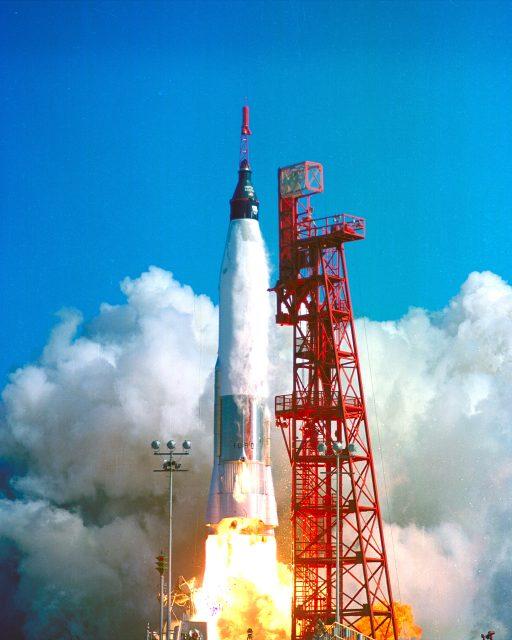 Lanzamiento de la misión MA-6 (NASA).