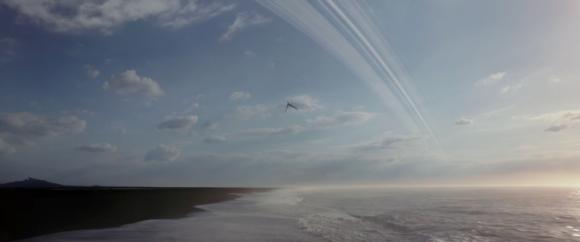 Un planeta terrestre con anillos a lo Saturno. Por el albedo parecen tener un alto contenido en hielo, pero a esa distancia de su estrella se sublimaría. Un misterio de Star Wars (Walt Disney Studios Motion Pictures).