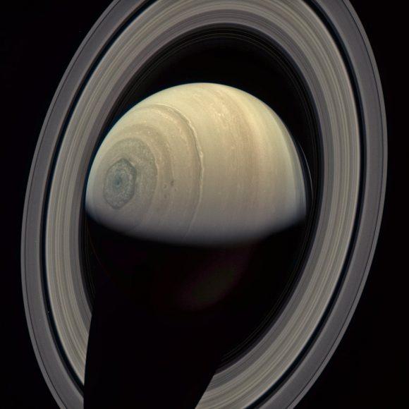 Saturno visto por Cassini en verano de 2016 (NASA/JPL/Ian Regan).
