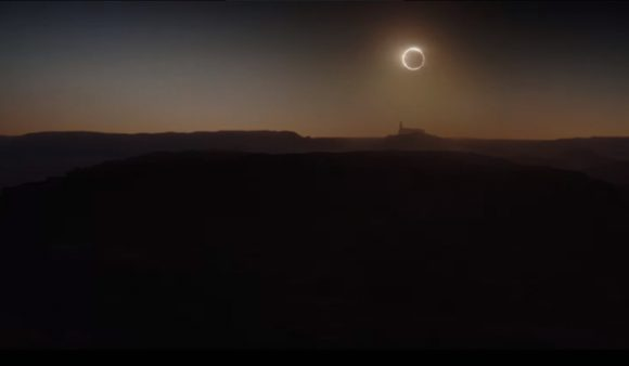 That's no moon. Pero sí es un eclipse anular artificial (Walt Disney Studios Motion Pictures).