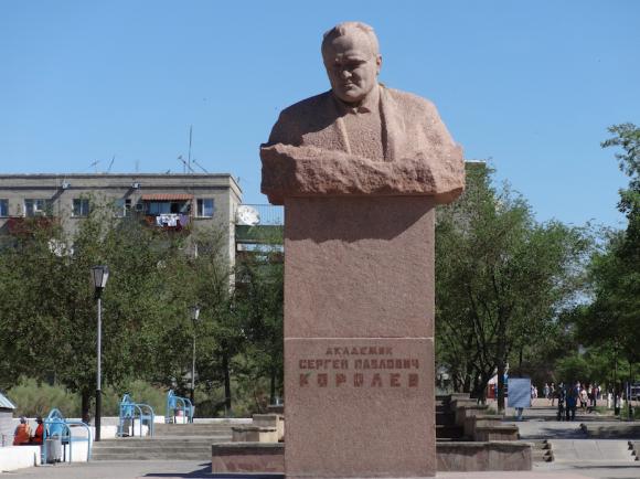 Monumento a Koroliov en Baikonur (Eureka).