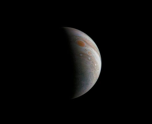 La Gran Mancha Roja de Júpiter vista por JunoCam el 11 de diciembre de 2016 (NASA/JPL-Caltech/SwRI/MSSS/Roman Tkachenko).