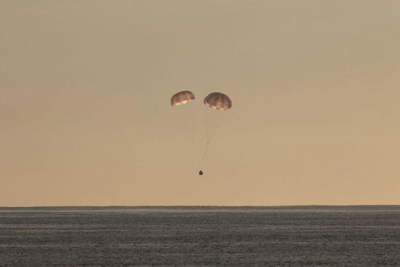 Amerizaje de la Dragon (SpaceX).