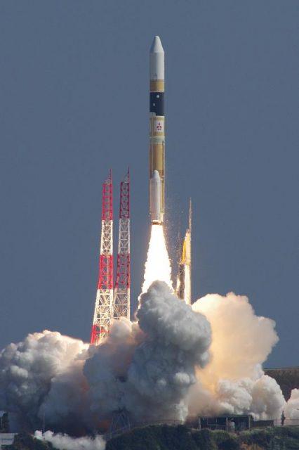 Lanzamiento del IGS Radar 5 (@koumeiShibata).