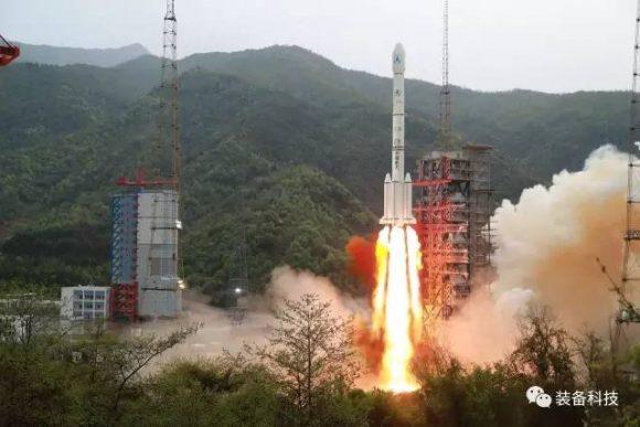 Lanzamiento del ChinaSat 16 (www.9ifly.cn).