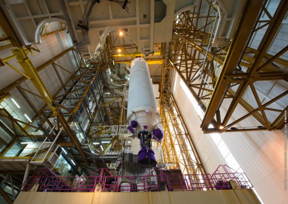 Etapa EPC de la misión VA236 en el edificio BIL (Arianespace).