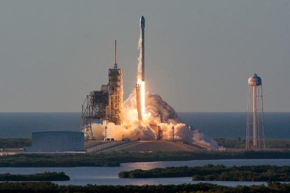 Lanzamiento del Inmarsat 5 F4 (SpaceX).