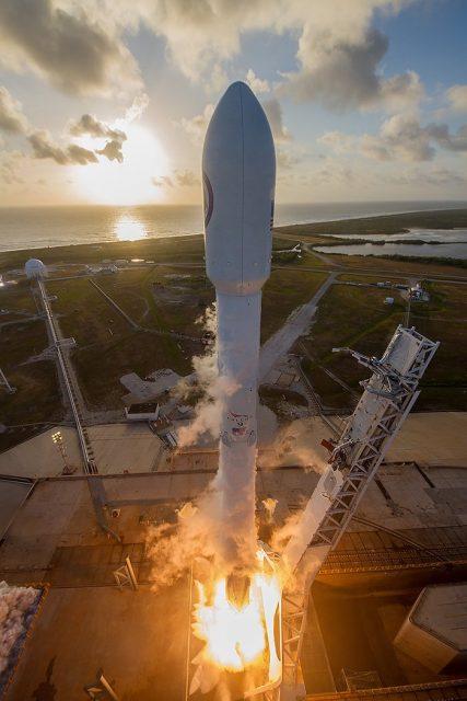 Lanzamiento del NROL-76 (SpaceX/Ben Cooper).