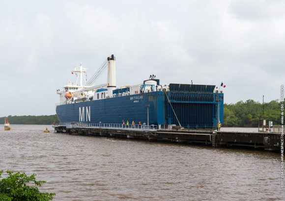 VA237 Arrivée du MN Toucan à Kourou, Port de Pariacabo, le 10/