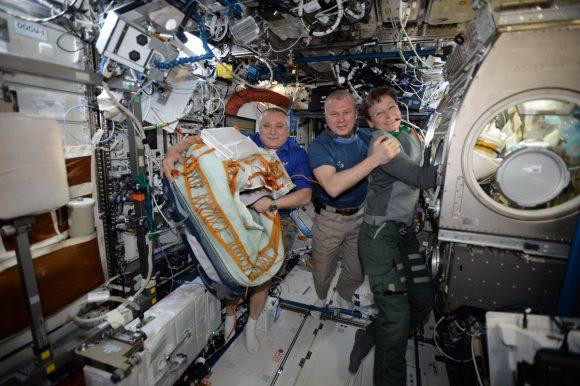 El 'tercer cosmonauta' que viajó en la Soyuz: carga adicional para el asiento libre (Roscosmos).