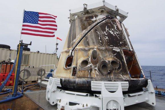 La Dragon CRS-4 tras su misión. Es la misma cápsula usada en la CRS-11 (SpaceX).