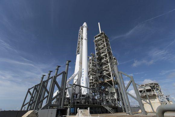 Cohete Falcon 9 con la CRS-11 (SpaceX).