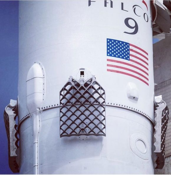 Nuevas rejillas reutilizables de titanio (SpaceX).