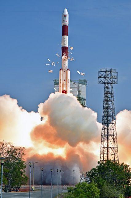 Lanzamiento del Cartosat 2E (ISRO).