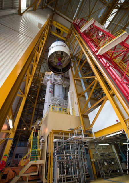 Integración de la segunda etapa ESC-A de la VA238 (Arianespace).