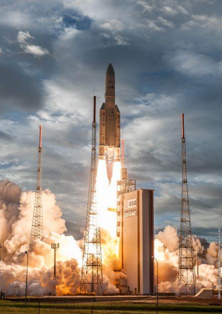 Lanzamiento de la VA238 (Arianespace).