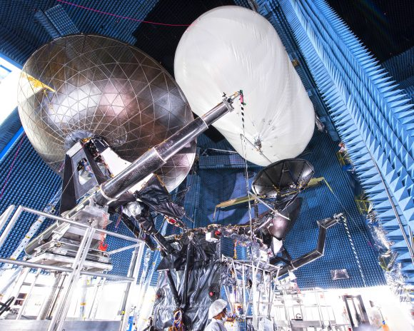 Antenas del TDRS M (Boeing).