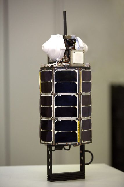 Satélite TNS-0