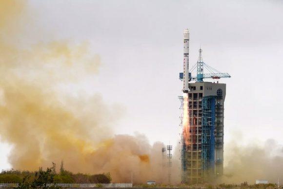 Lanzamiento del VRSS-2 (Xinhua).