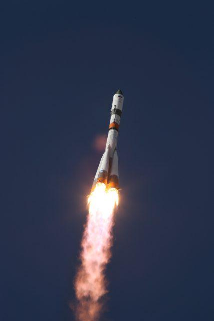 Lanzamiento de la Progress MS-07 (Roscosmos).