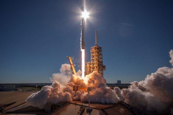 Lanzamiento del Koreasat 5A (SpaceX).