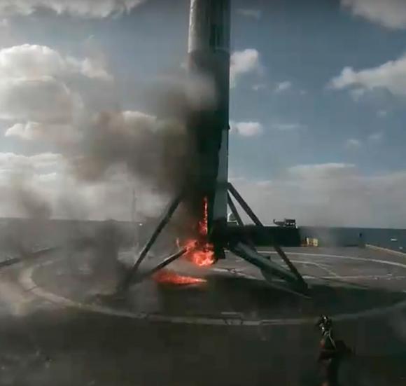 Aterrizaje de la primera etapa (SpaceX).