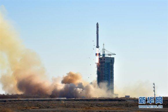 Lanzamiento del LKW-2 (Xinhua).