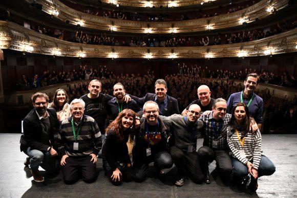 Un servidor con los participantes y organizadores de Naukas Coruña 2017.