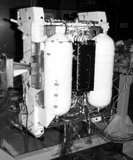 Interior de la mochila MMU (NASA).